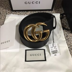 Gucci double g gold buckle belt